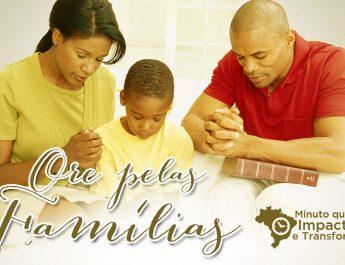 Ore pelas Famílias